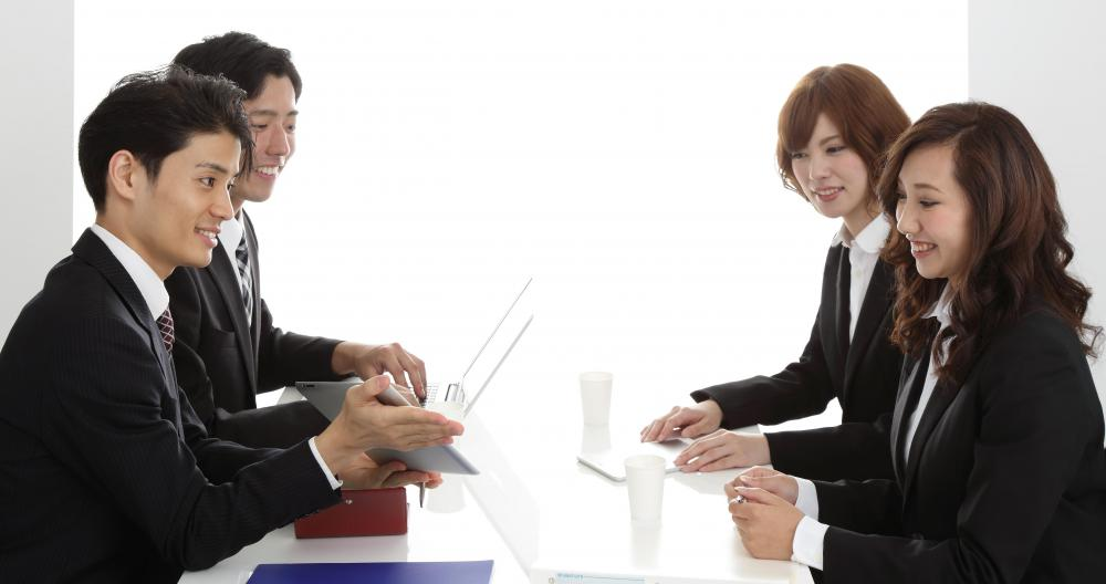 meeting women in japan Can't go to japan do not worry, at truelovejapan there is even japanese from overseas meeting local asian men and women has never been easier and safe.
