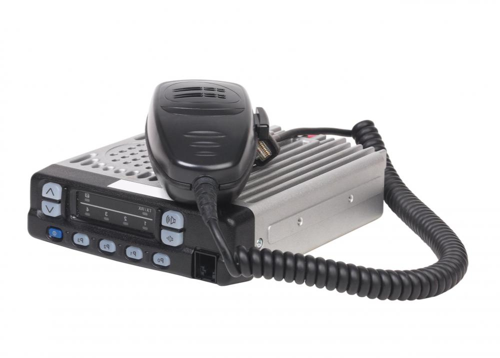 How do i choose the best cb radio microphone with pictures a cb radio may be used for short distance communications between users sciox Gallery