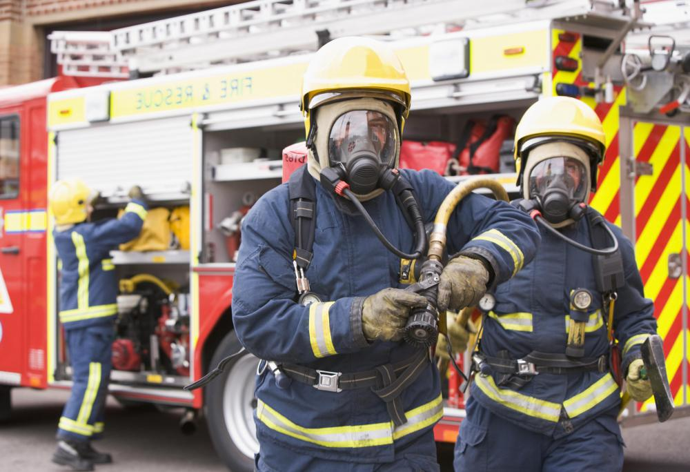 How Do I Choose The Best Firefighter Training With Pictures