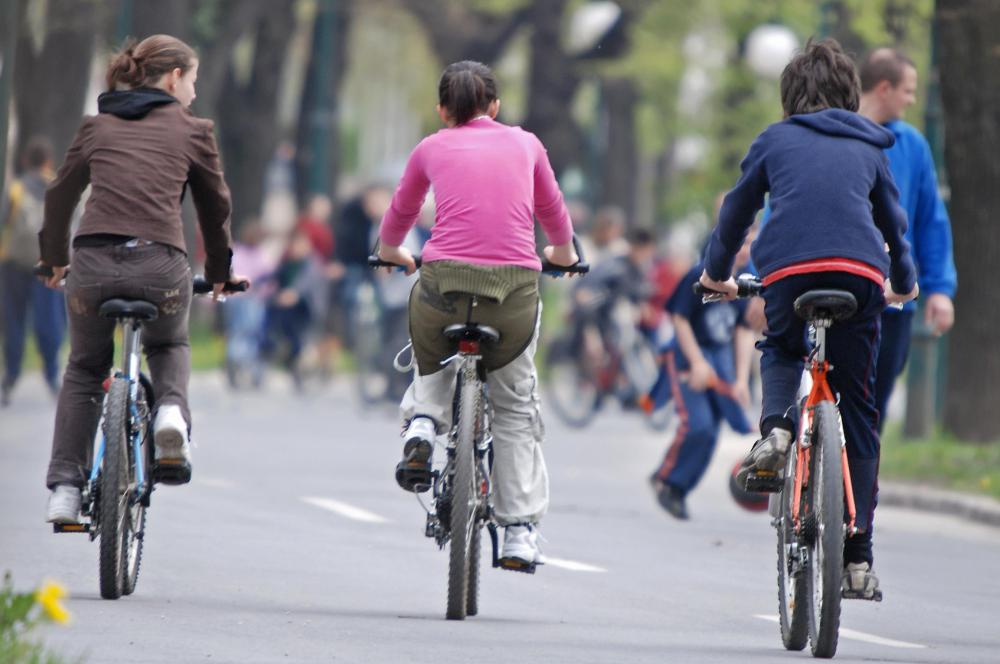 Is It Unsafe To Ride A Bicycle Without A Helmet