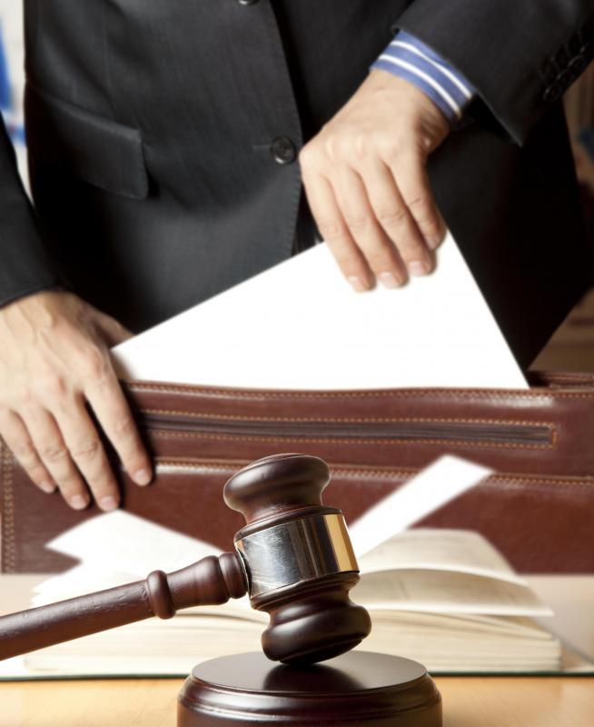 Можно ли оплачивать услуги юриста после выигрыша в суде транс был