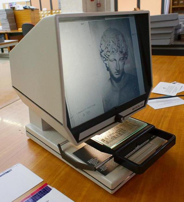 microfiche-reader.jpg