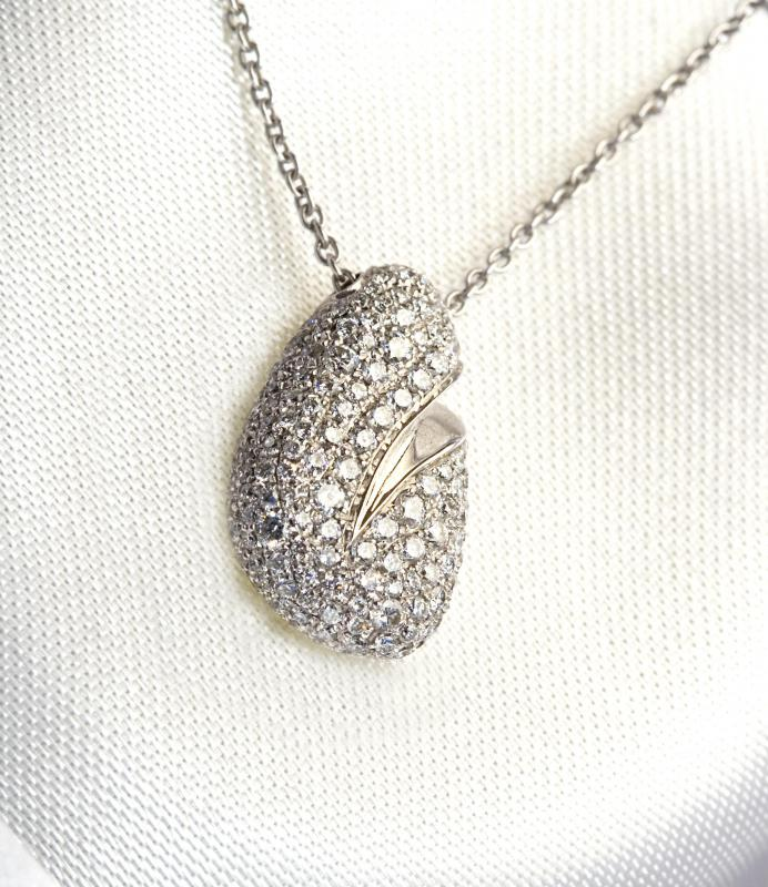 What are Some Types of Jewelry? (with pictures)