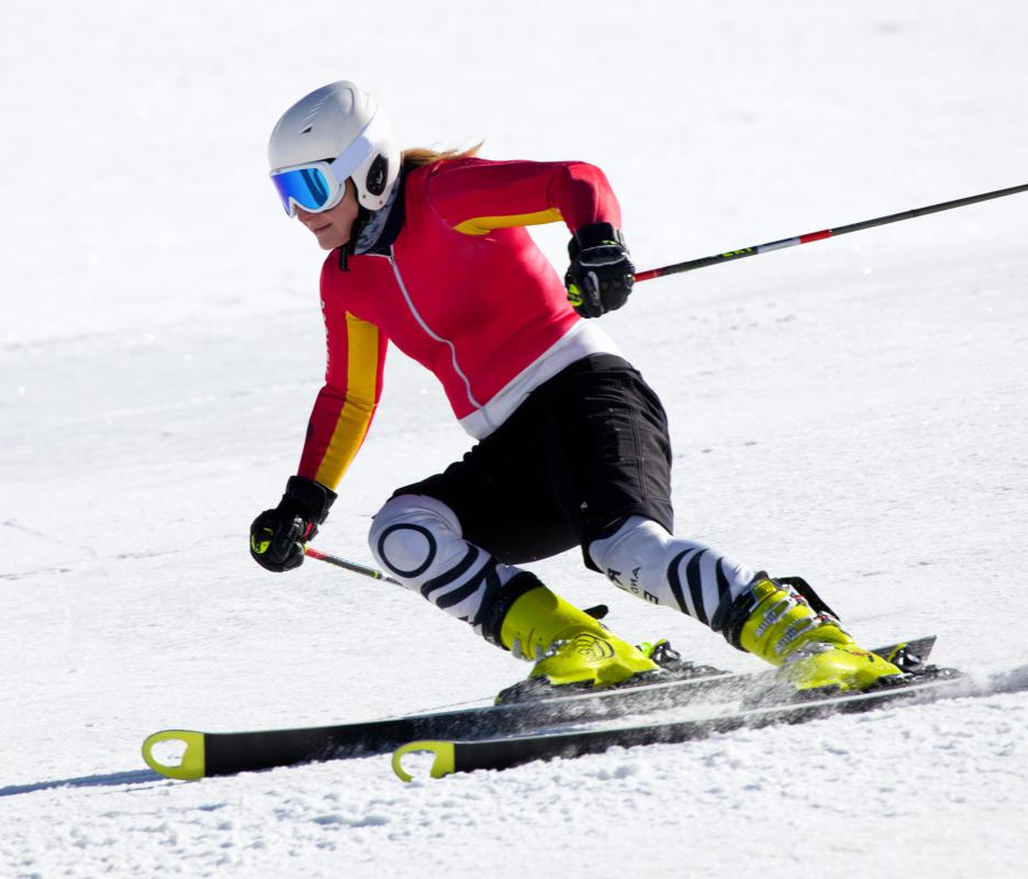 What does a Ski Instructor do? (with pictures)