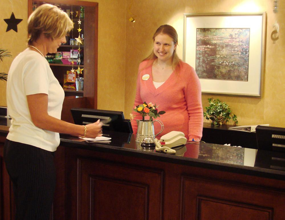 What Does a Hotel Purchasing Manager Do? (with pictures)