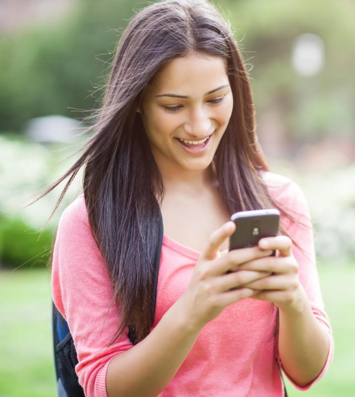 cell Teen phone girl
