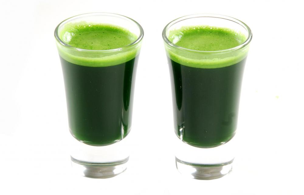 Chlorophyll, which is found in wheatgrass juice, is sometimes used to help treat body odor.