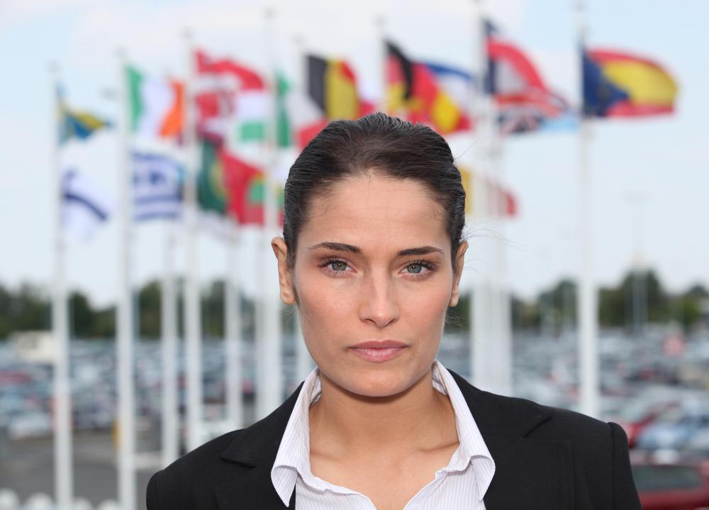 Фото бизнес леди с дипломатом 15 фотография