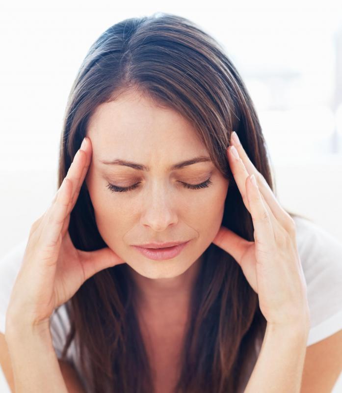 headache nausea: