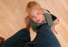 Divorce mediators may help with custody issues.