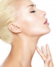 Platinum blonde looks best with cool skin tones.
