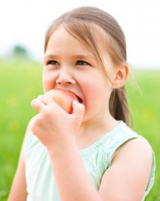 Apples contain antioxidants, minerals, vitamins and fiber.