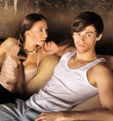 A narcissist may have difficulty maintaining relationships.