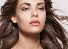 Chia oil may be used to re-hydrate hair.
